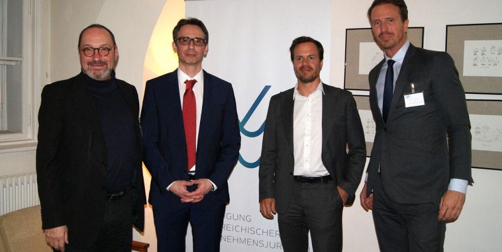Law Business Management Director Mag. Alexander Gendlin (2. von links)